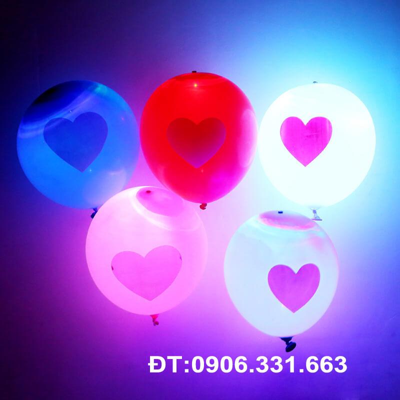 Bong bóng led in hình trái tim