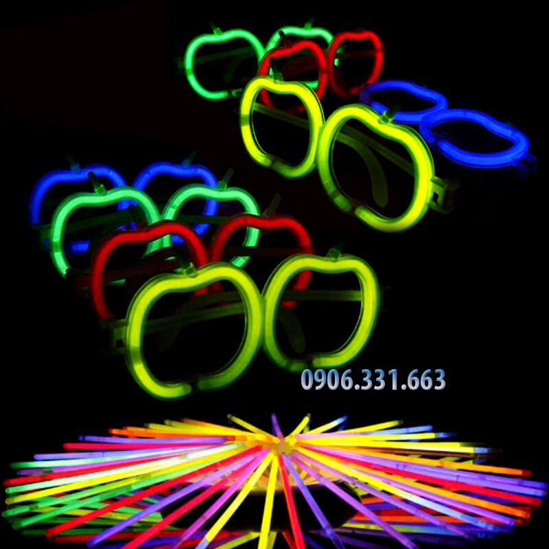 mắt kính dạ quang phát sáng hình quả táo