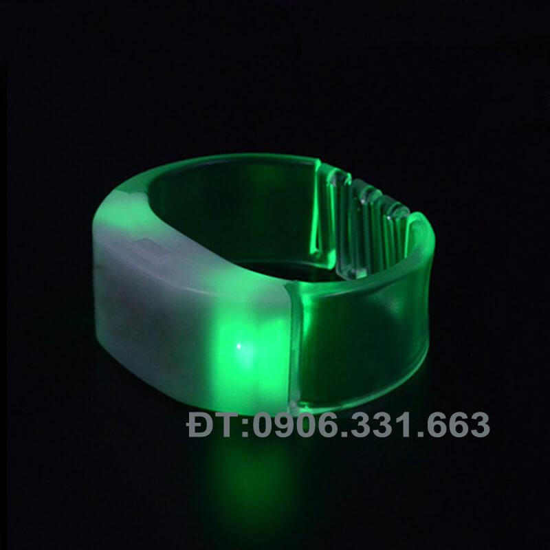 Vòng tay cảm ứng âm thanh phát sáng  led 15 màu